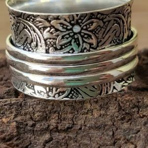 Spinner Ring Silver Floral Texture 3 Ring Overlay